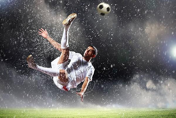 Voetbal en contactlenzen